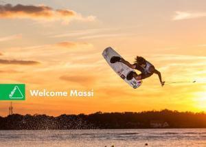 Follow Welcomes Massi Piffaretti